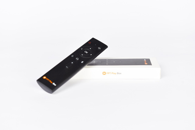 dat mua voice remote fpt play box